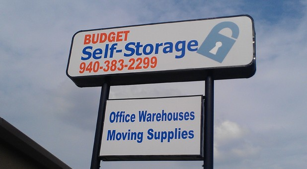 Self storage facility in Denton, Texas