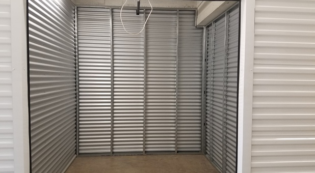 Clean Storage Units in Beverly Hills, CA