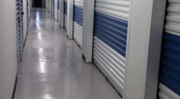 Storage Units in 77551