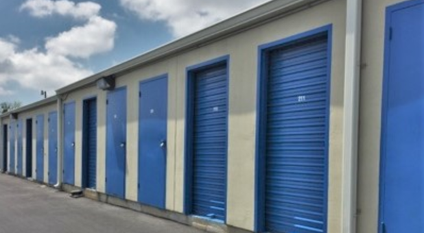 Self Storage Facility 77801