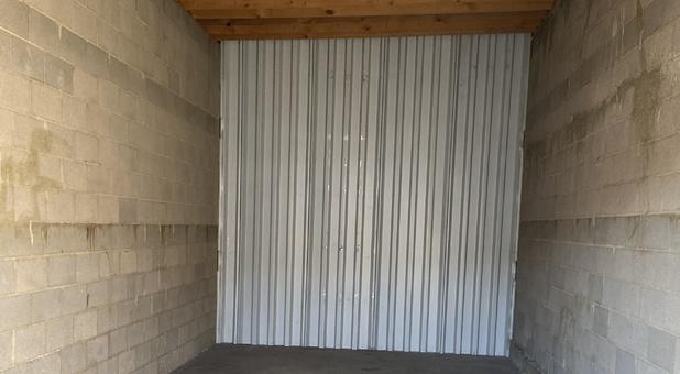 12x30 Interior