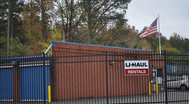 UHaul Sign
