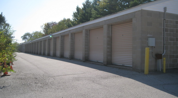 Spanish Lake Self Storage Storage Units