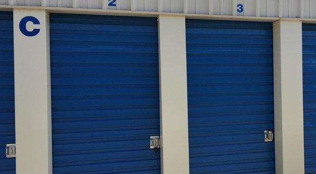 Outdoor Storage Units in Delano, CA