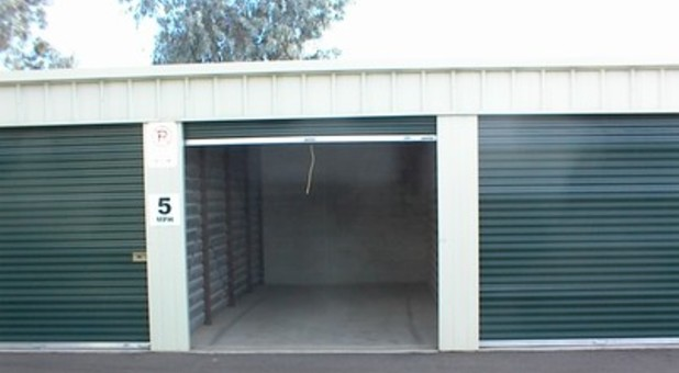 completely enclosed storage for rvs up to 14' tall.