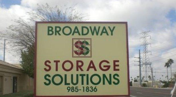 broadway storage solutions in mesa az