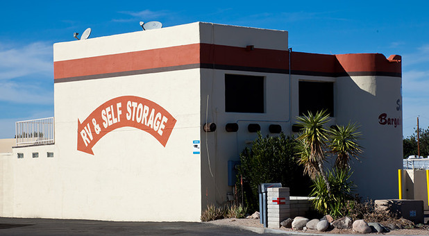 Sun City Storage Solutions Entrance And Building