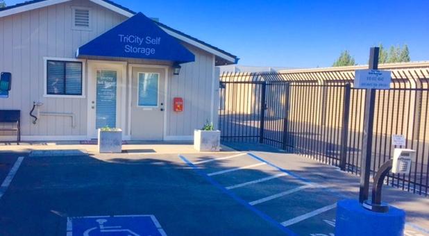 Secure Self Storage Units in Loomis, CA