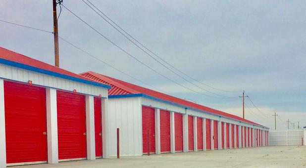 StoragePRO Self Storage in Bakersfield, CA- Secure Units
