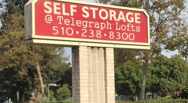 Self Storage at Telegraph Oakland, CA