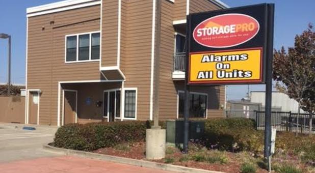 Storage Units Near 94804