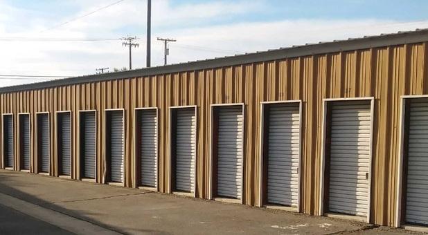 lemoore storage