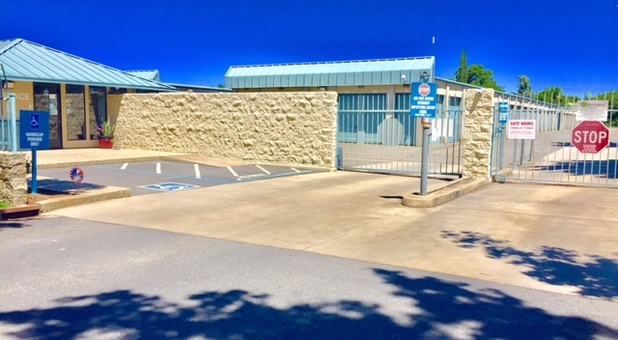 Greater American Self Storage Yuba City- Entrance