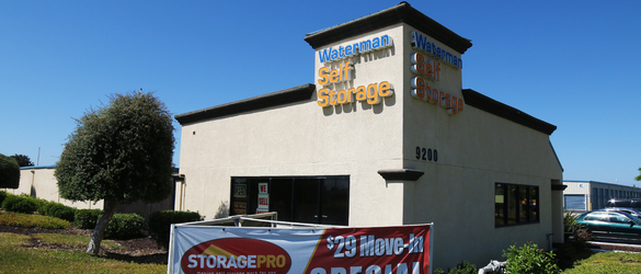 Self Storage In Elk Grove Ca 95624 Storagepro