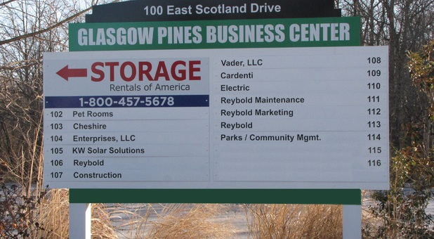 Self Storage Near Me 19701