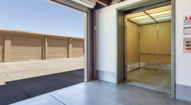 Storage Units Near  Oakley, CA