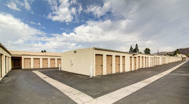 El Cajon, CA Self Storage Units 92021  Stax Up Self Storage