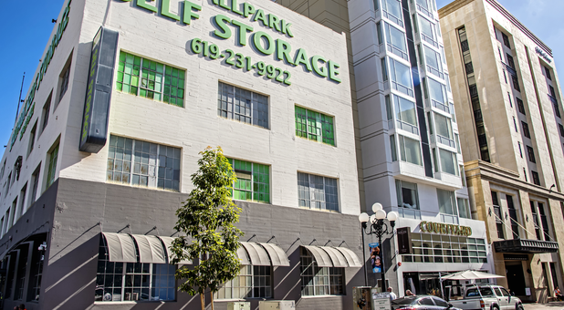 Self Storage Near me 92101