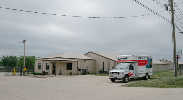 Authorized U-Haul Dealer in Anderson, IN 46013