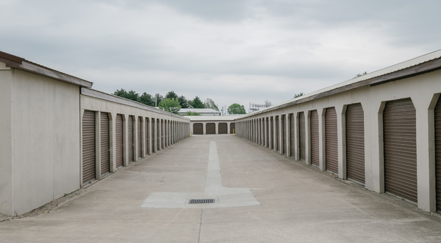 Wide Drive Ways for Easy Accessibility to Your Storage Unit on MLK Jr Blvd