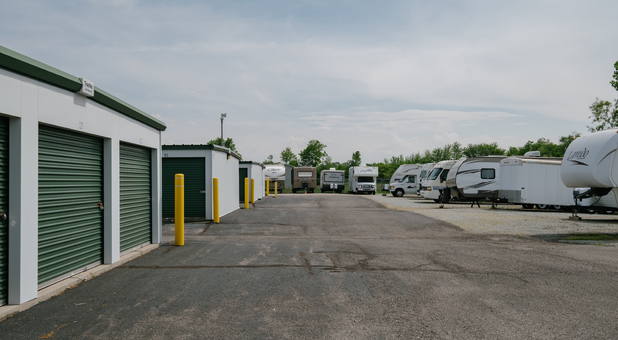 Uncovered RV, Boat, and Vehicle Surface Parking in Yorktown, IN