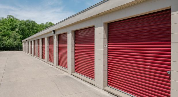 Large Storage Units - Middleton Run Road, Elkhart, IN