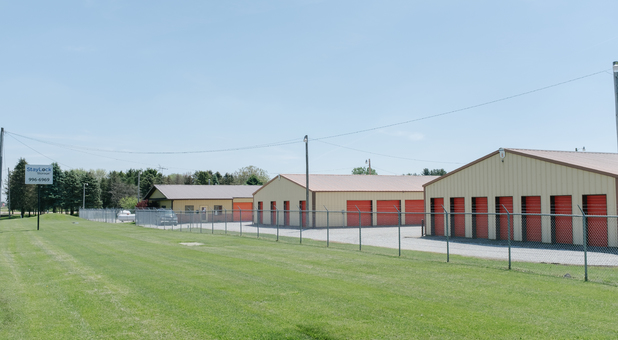 Self Storage in Hebron, IN 46341