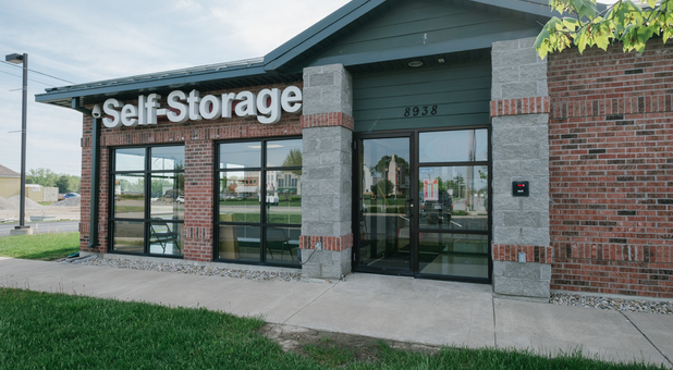 StayLock Storage 8938 Lima Rd Suite Q, Fort Wayne, IN 46818