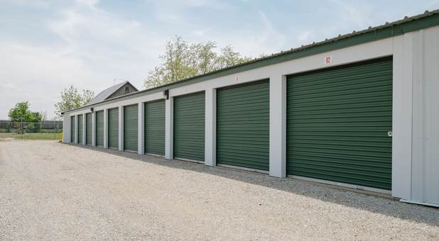 Self Storage in Farmland, IN