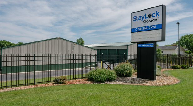 StayLock Storage 53070 State Rd 13, Middlebury, IN 46540
