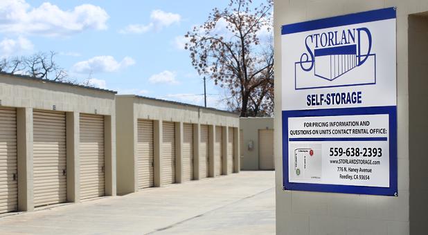 Reedley, CA Storage 3
