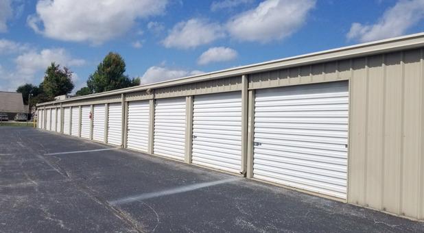 Storage Units near 72764
