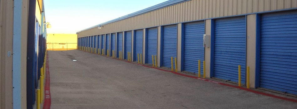 Self storage in Arlington, Texas
