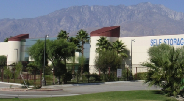 Palm Springs, CA Self Storage