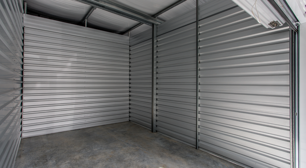 Clean, big, and safe storage units