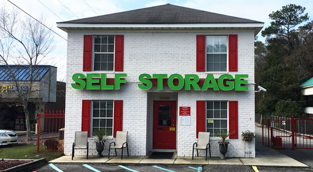 Self Storage Facility Near 36526