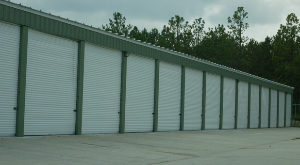 Hattiesburg, MS Drive Up Storage Units