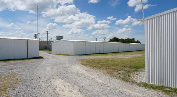 Pottsboro, TX storage units