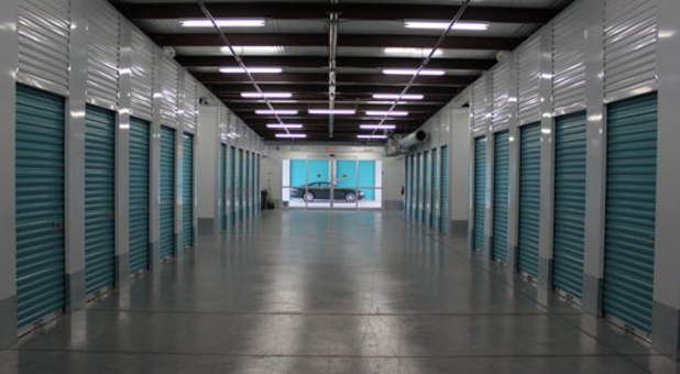 Storage Units with Wide Halls