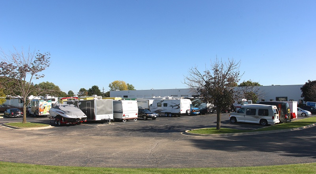 U-Stor-It Self Storage of Lisle, IL Car, RV, and Boat Parking Storage