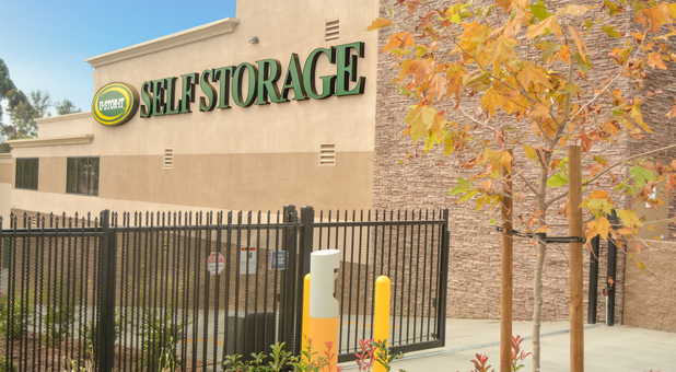 Self Storage fenced San Diego Lincoln Park U-Stor-It
