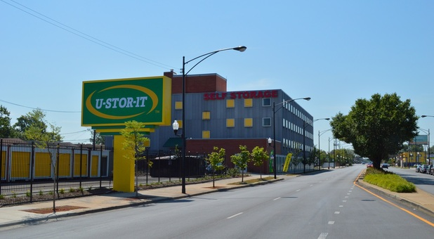 U-Stor-It Self Storage of Auburn Gresham 60620 Front Facade
