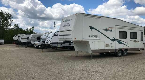 RV, Boat, Car Parking in Davison, MI