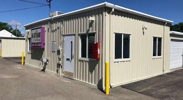 South Lyon, MI Self Storage Facility