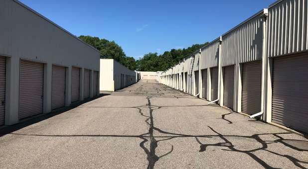 Battle Creek, MI Wide Driveways for Easy Access