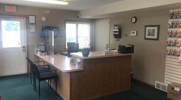 Storage Office Stop-N-Stor 44224