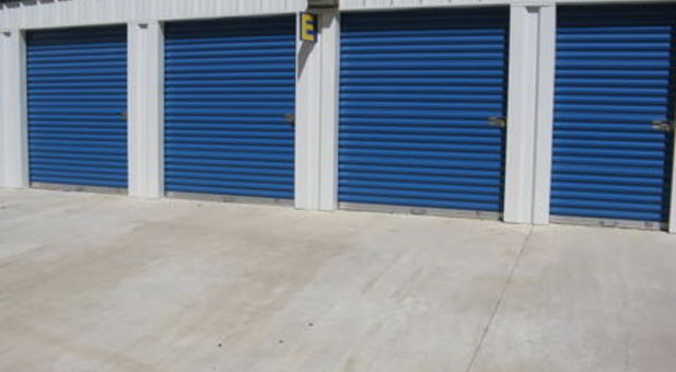 modern-state-of the art self storage facility