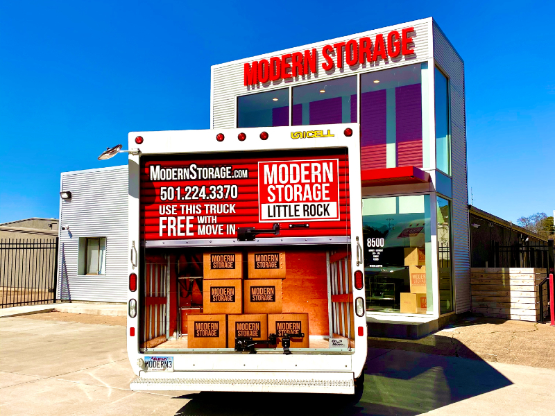 Photo of the free moving truck parked in front of a Modern Storage facility in Little Rock. Let our experts explain how to prepare for your moving day by helping you choose the right moving company!