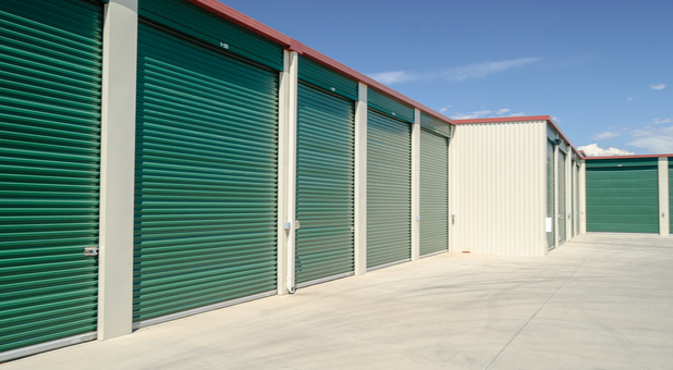 Superbe Yuba City, California Self Storage Faacility · Drive Up Access · Wide Lanes  ...
